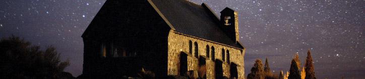 Church of the Good Shepherd and the night sky. Image: Fraser Gunn, Destination Mt Cook Mackenzie